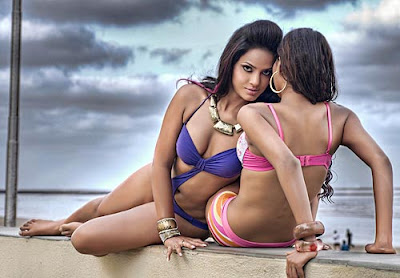 NEETHU CHANDRA,  KRISHIKA GUPTHA beach photo shoot
