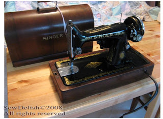 Singer 99K Vintage Sewing Machine