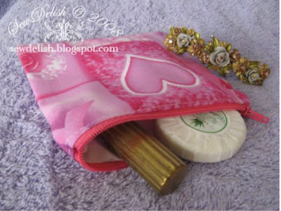 make-up bag make up sew toiletry pouch Breast Cancer Awareness Fabric