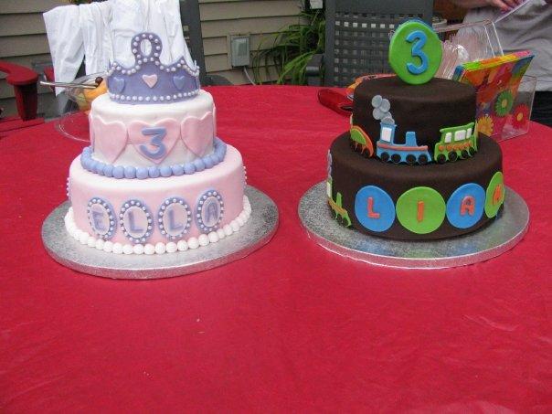 [Liam+&+Ellas+cakes]