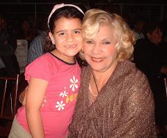 """Andrea junto a """"La Primerísima"""" Mirla Castellanos"""