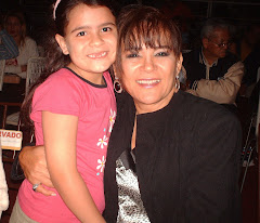 Mi Hermana Andrea junto a la Dra. Mayra Marti