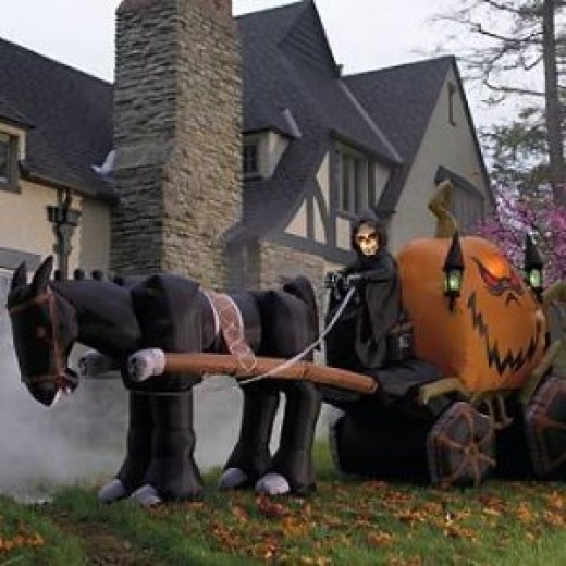 Dani Loves Halloween!: Outdoor Decoration Ideas - Big Outdoor Halloween Decorations