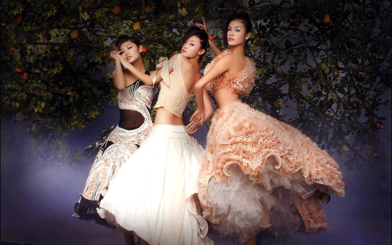 http://1.bp.blogspot.com/_6c5pVVSpZxA/TExhIr11pqI/AAAAAAAADFc/mO7JksB2Y24/s1600/as_Sweet_as_and_fruit_tree_013639_.jpg