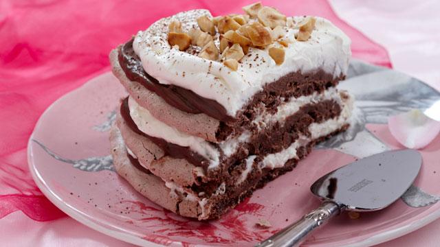 ... love of food!: Heavenly Nutella, Chocolate and Hazelnut Meringue Torte