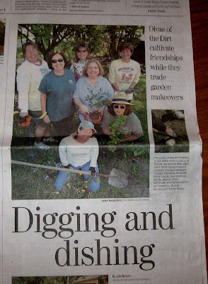 Divasofthedirt, newspaper