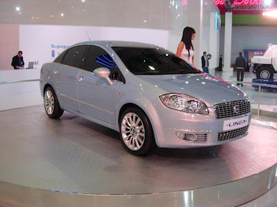 Fiat Linea Emotion Pack 1.3 Multijet-4. There is a fake perception floating