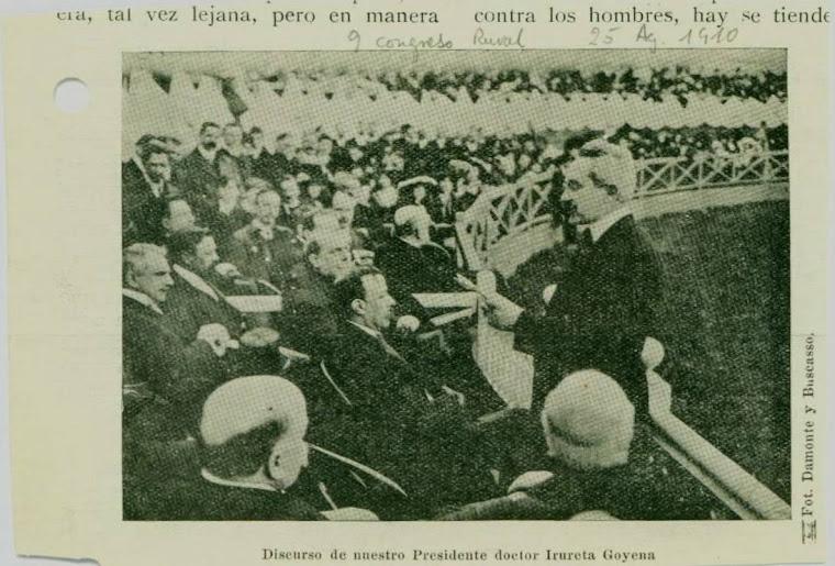 Dr. José Irureta Goyena Anza en pleno discurso