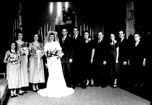 Jacci Aurelia Yagmur blog pink and black wedding reception gothic twig