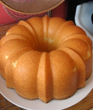 Grandmother's Holiday Pound Cake ~ Drick's Rambling Cafe