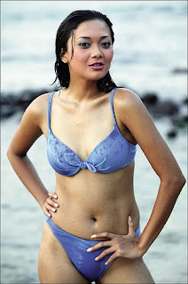 Foto Bugil Model Indonesia Bikini