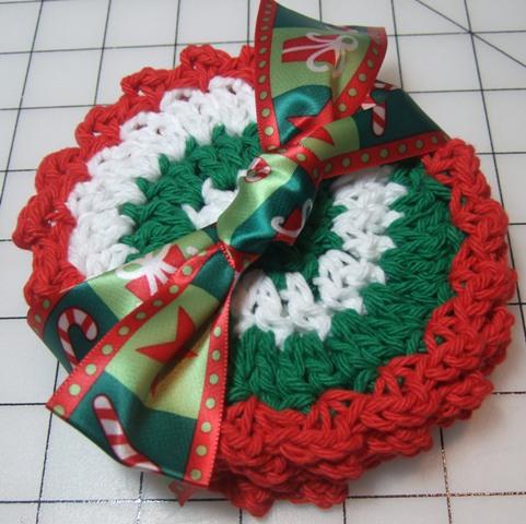 crochet pattern: pinwheel coaster | JaKiGu