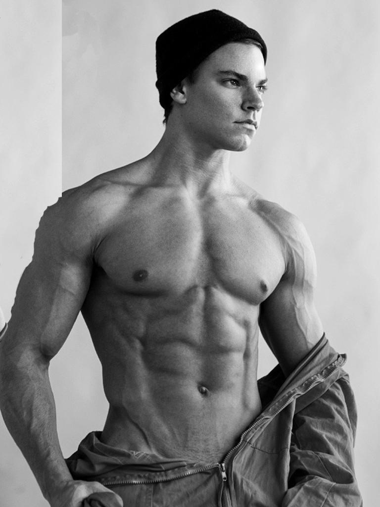 Cuerpos Masculinos Desnudos