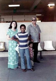 Ann Dunham, Barack Obama, Maya Soetoro y Stanley Dunham