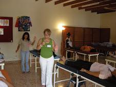 Mi amigota energetica Mirtha, en plena sesion de sanacion
