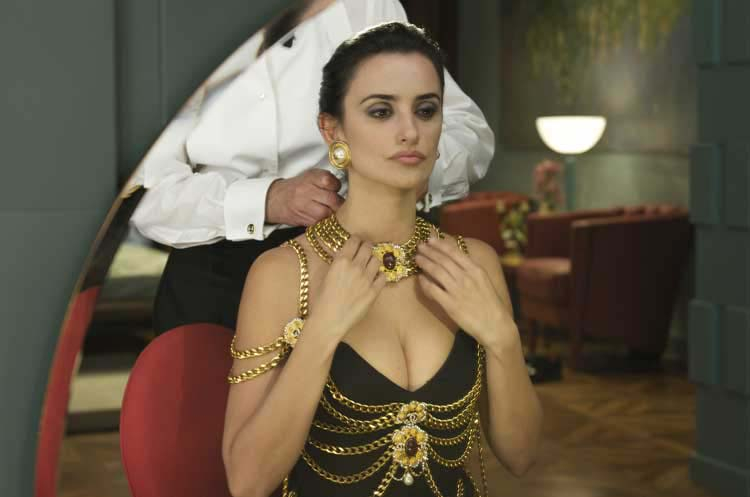 Penelope Cruz Hair, Long Hairstyle 2013, Hairstyle 2013, New Long Hairstyle 2013, Celebrity Long Romance Hairstyles 2199