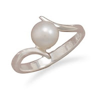 Sterling Silver Crossover Design 7mm Cultured Freshwater Pearl Ring