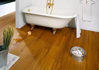 Consigli per la casa e l 39 arredamento pavimento in legno - Parquet teak bagno ...