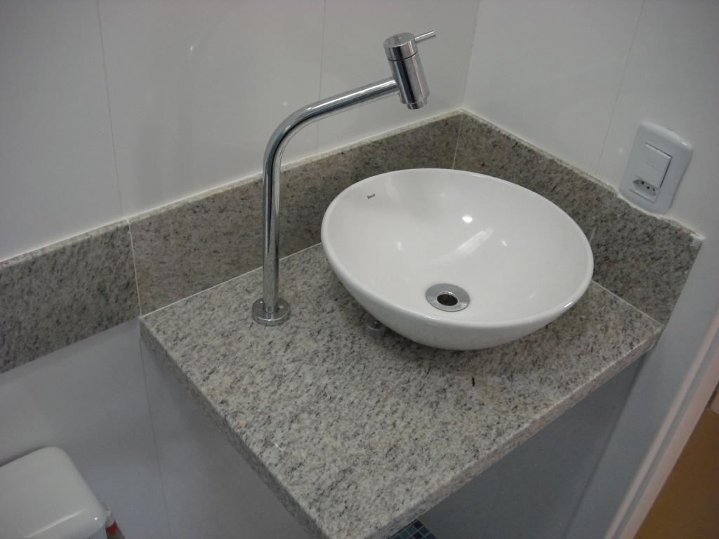 Cerâmica parede tipo porcelanato retificado cor branca marca  #574C3F 1024x768 Banheiro Com Porcelanato Retificado