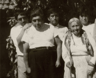 Féliz Zenteno Gaez, Fernando Osvaldo Gaez Hinostroza, Juan Gaez y Amelia Hinostroza Hinostroza (de izq. a der.)