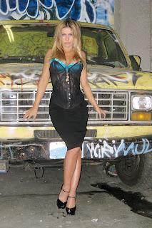 Carmen Electra jeans