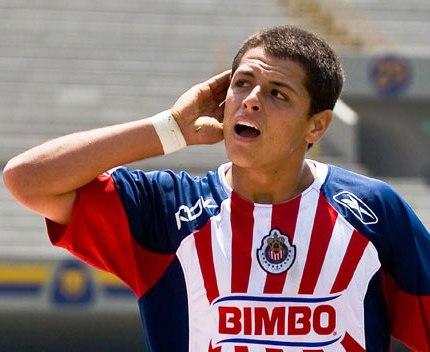 javier hernandez girlfriend. striker Javier Hernandez