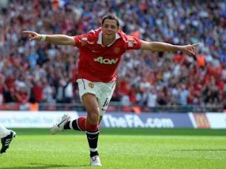 javier hernandez manchester united faster in barclays premier league, hernandez faster in EPL, hernandez man united, javier Hernandez man utd faster Barclays premier league, hernandez celebration, hernandez flying celebration, javier hernandez wallpaper, hernandez image, hernandez photo