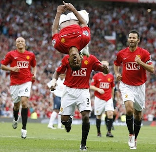 man utd wallpaper, nani celebration gol, celebration style