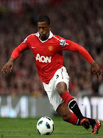 http://1.bp.blogspot.com/_6qWVjoU1D3E/TNOm-p4RsPI/AAAAAAAAA9g/TSoZNioEbv4/s1600/Patrice+evra+manchester+United.jpg