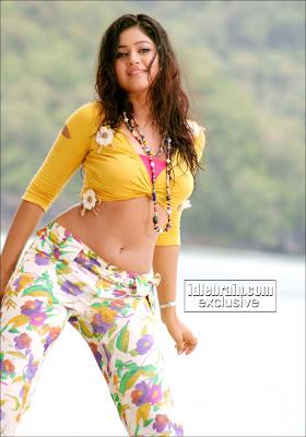 Punam Bajwa sexy foto