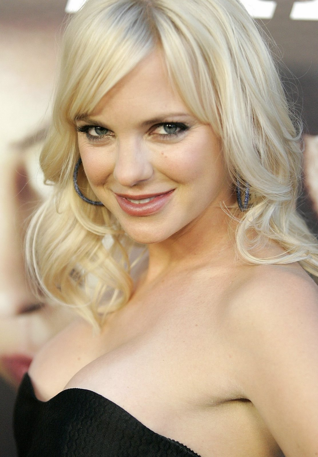 Anna Faris Hot Photos, Anna Faris Sexy Pictures