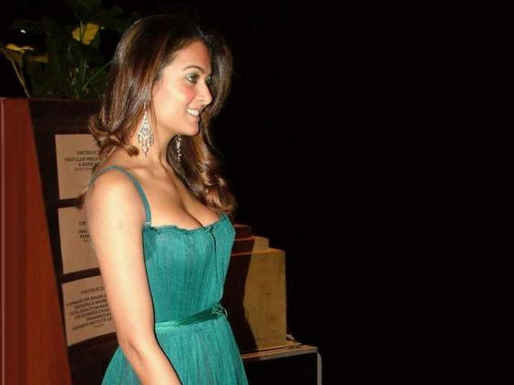 Amrita Arora hot picture
