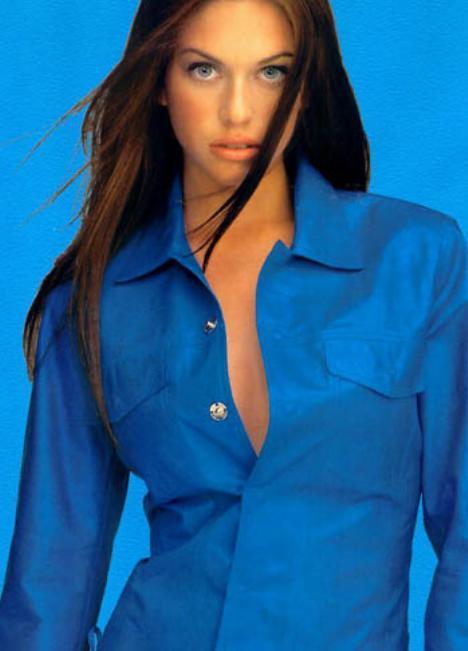 Kim Smith sexy pic