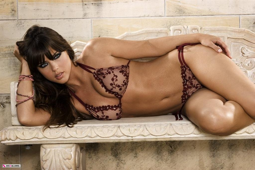 Nicole Marie Lenz hot photo
