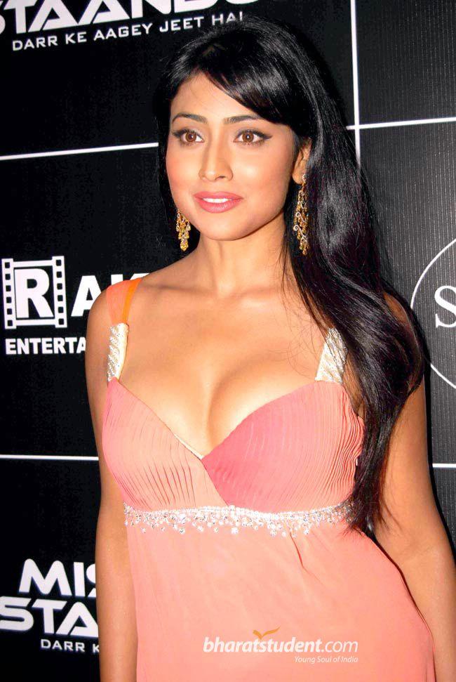 Shreya Saran sexy pic