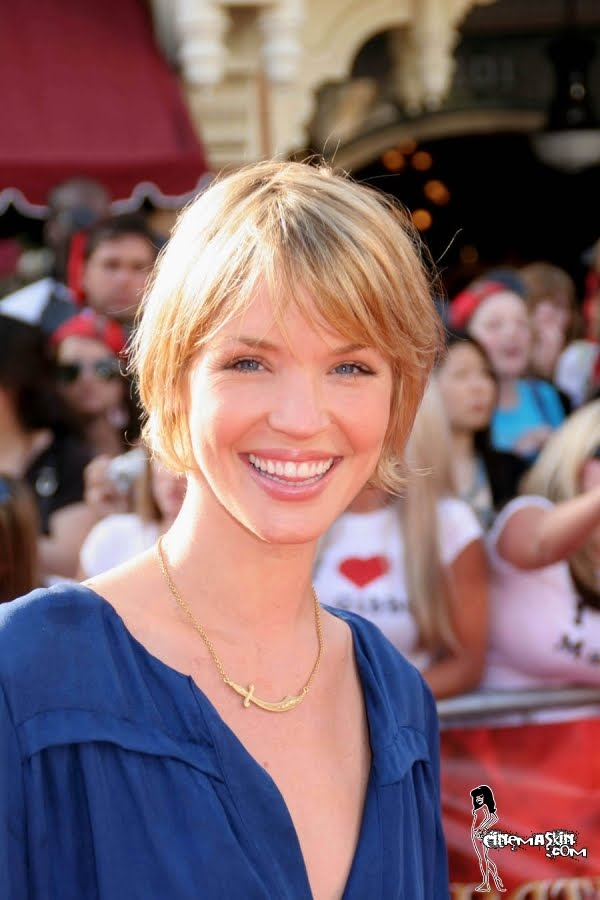 Ashley Scott hot photo