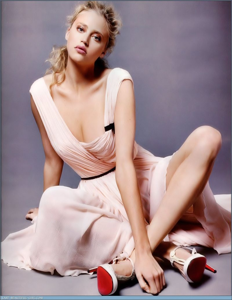 Estella Warren sexy foto