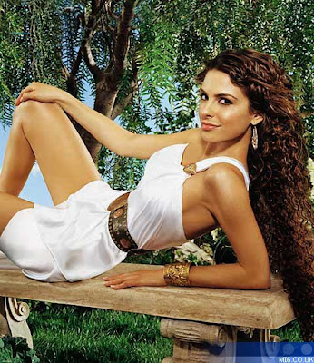 Maria Menounos hot photo