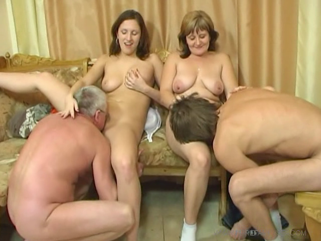 Порно семья русских