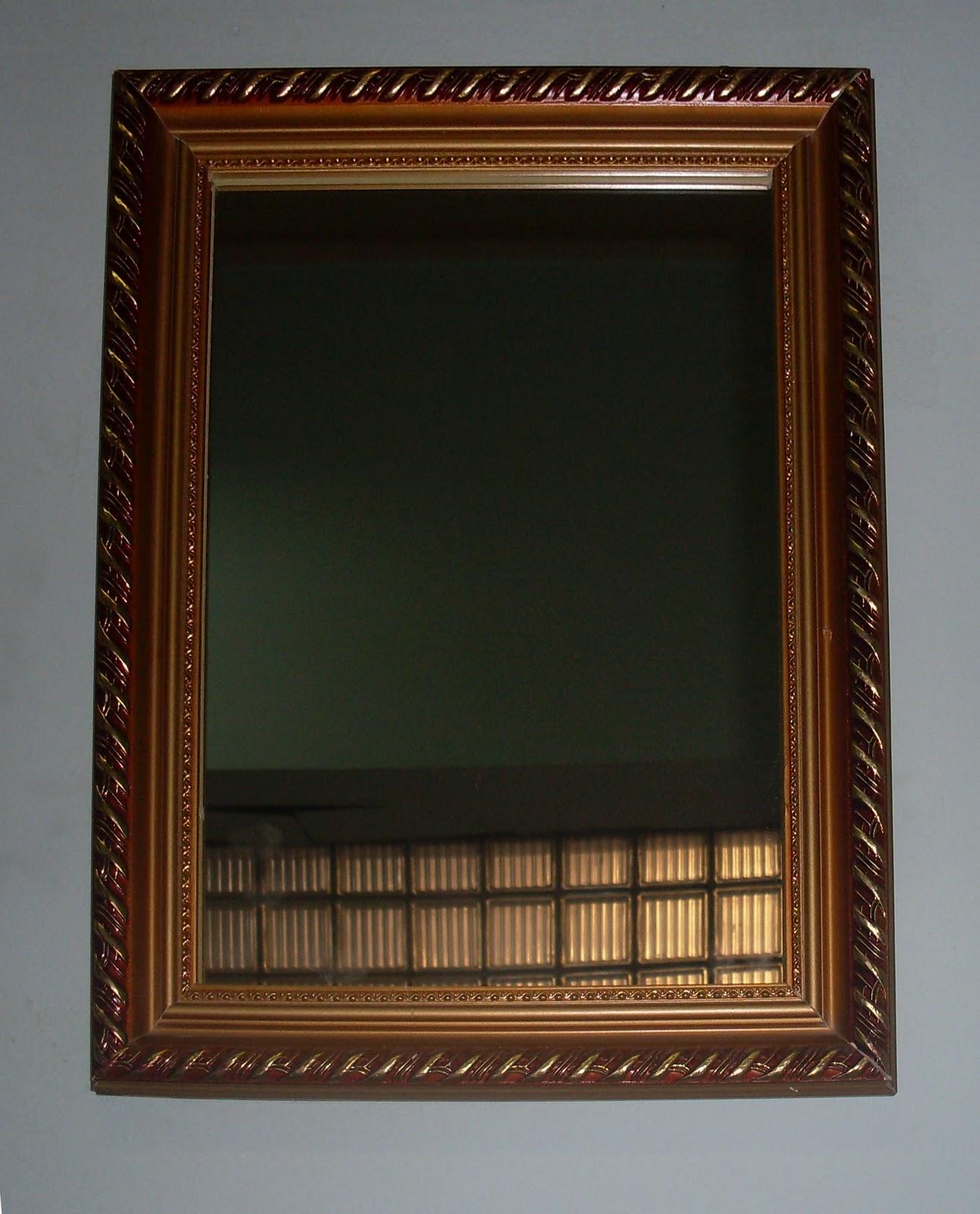 Espejos con marcos artesanales de madera en venta for Espejos redondos con marco de madera