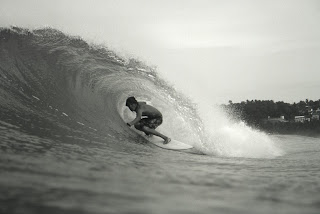 Justin Unsworth getting barrelled in Mexico