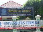 Gedung UT di UNES