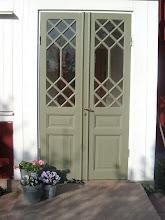 Vackra dörrar på vårat hus
