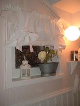 Enkel gardin av lakan
