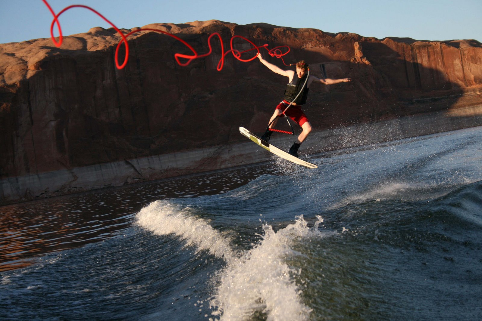 [Rich+wake+boarding+quit-+cool+line]