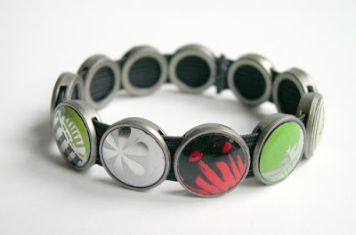 recycled bottle cap bracelet enviromental jewelry