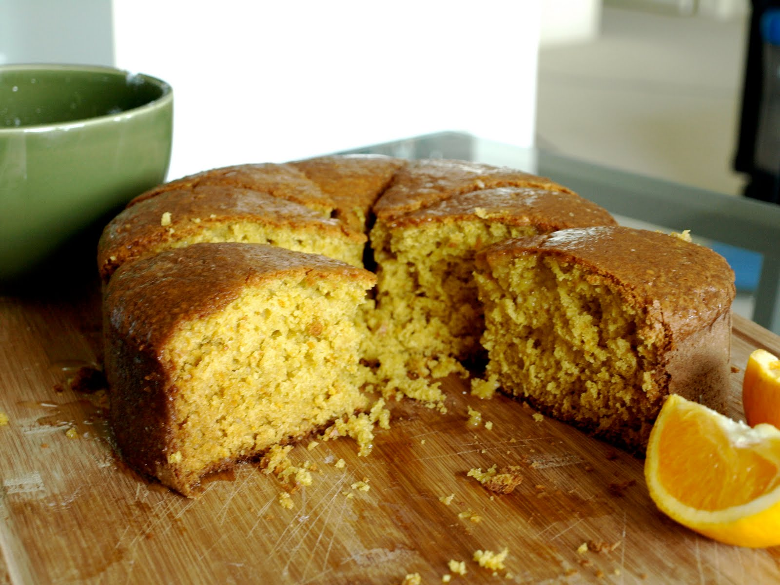 Lua Los Angeles: orange scented olive oil cake.
