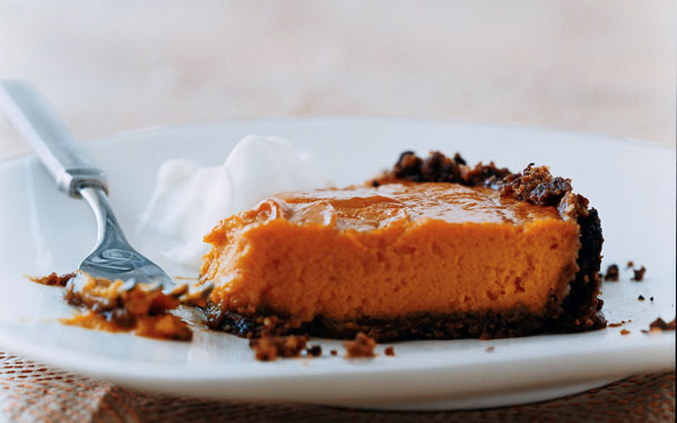 Sweet-Potato Pie with Gingersnap Pecan Crust . Photo by Romulo Yanes .