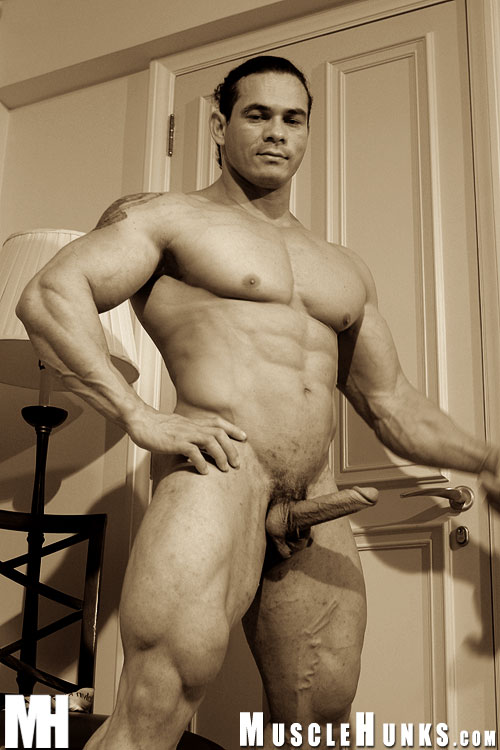 Tito Ortiz Nude Picture 105