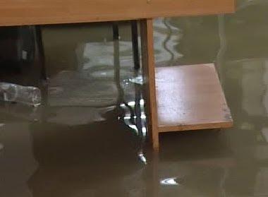 Φωτογραφίες από το πλημμυρισμένο Μηχανολογικό στο Αγρίνιο..